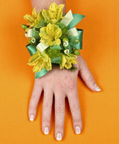 SPRING SUNSHINE Prom Corsage in West Hills, CA | RAMBLING ROSE FLORIST