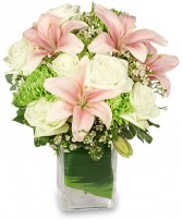 HEAVENLY GARDEN BLOOMS Flower Arrangement in Cary, IL | PERIWINKLE FLORIST
