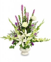 SINCERE SENTIMENTS Arrangement in Bryson City, NC | VILLAGE FLORIST & GIFTS