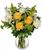 WHITE & YELLOW ROSES Arrangement in Salisbury, MD | FLOWERS UNLIMITED