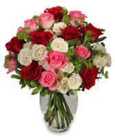 ROMANCE OF ROSES Spray Roses Bouquet in San Diego, CA | NOSTALGIA D GLORIOUS CONQUEROR IN FLOWER DESIGN