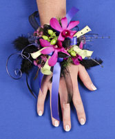 A NIGHT TO REMEMBER Prom Corsage in Harlan, IA | Flower Barn