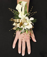 CLASSY CANDLELIGHT Prom Corsage in Red Wing, MN | HALLSTROM'S FLORIST & GREENHOUSES