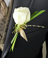WHITE ROSE GLITTER Prom Boutonniere in Saint Albert, AB | PANDA FLOWERS (SAINT ALBERT) /FLOWER DESIGN BY TAM