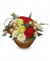 GOLDEN LUSTER Holiday Arrangement in Burkburnett, TX | BOOMTOWN FLORAL SCENTER