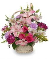 STRAIGHT From The HEART Basket Arrangement in Ferndale, WA | FLORALESCENTS