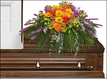 RADIANT MEDLEY CASKET SPRAY Funeral Flowers in Blue Springs, MO | VINTAGE DAISY FLOWERS