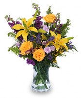 STELLAR YELLOW Flower Arrangement in Michigan City, IN | WRIGHT'S FLOWERS AND GIFTS INC.