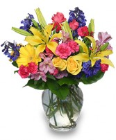 RAINBOW OF BLOOMS Vase of Flowers in West Hills, CA | RAMBLING ROSE FLORIST