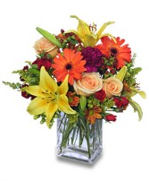 FLORAL SPECTACULAR Flower Vase in New York, NY | TOWN & COUNTRY FLORIST/ 1HOURFLOWERS.COM