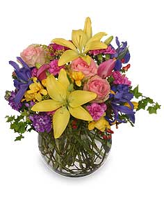 MOTHER NATURE'S EXPRESSION BOUQUET in Richland, WA | ARLENE'S FLOWERS AND GIFTS
