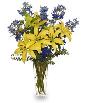 BLUE BONNET Floral Arrangement in Davis, CA | STRELITZIA FLOWER CO.