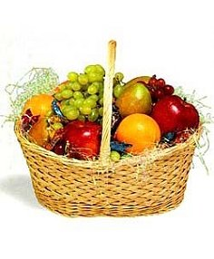 FRESH FRUIT BASKET  in New Milford, CT | RUTH CHASE FLOWERS