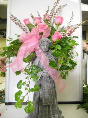Pink Rose Angel Wing Planter  in Troy, MI | DELLA'S MAPLE LANE FLORIST