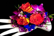 BOLD BLOOMS Corsage