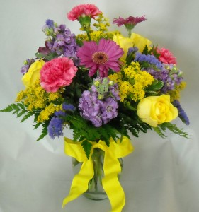 Bright and Cheery Vase Arrangement in Milwaukie, OR | MARY JEAN'S FLOWERS & GIFTS