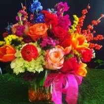Bright compact cube bouquet