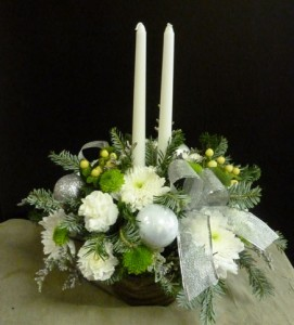 Centerpiece Silver & White with Candle  in Spring Hill, FL | THE IVY COTTAGE