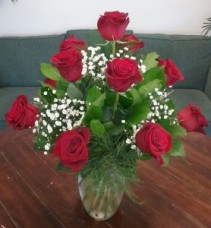 Classic Dozen Red Roses Arrangement