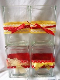 CUTE VASES WE FILL WITH THE SORORITY FLOWER AND RED AND YELLOW COLORS OF THE SORORITY! JUST CHOOSE A PRICE!
