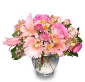 DELICATE AFFECTION Pink Floral Vase