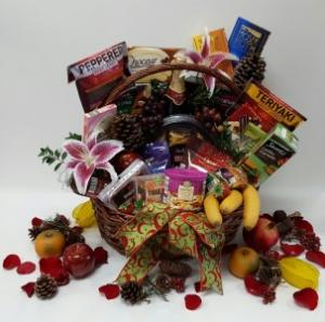 Executive Gift Basket  in Webster, TX |  La Mariposa Flowers