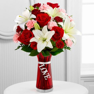 Expression of Love vase arrangement in Tigard, OR | A WILLIAMS FLORIST
