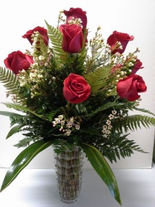 Exquisite Dozen Red Rose Arrangement Rose Arrangment in Webster, TX |  La Mariposa Flowers