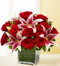 FOREVER YOURS 18 Red Roses & Stargazer Lilies