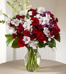 FTD Dramatic Effects Bouquet