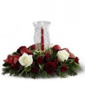 FTD Holiday Wishes Centrepiece