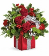 Gift Wrapped Bouquet Teleflora Christmas T16X400A