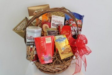GOURMET BASKET ***Gourmet products may vary***