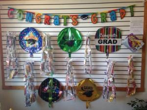 GRAD GEAR CANDI LEIS, MYLAR BALLOONS, LATEX BALLOONS in Richland, WA | ARLENE'S FLOWERS AND GIFTS