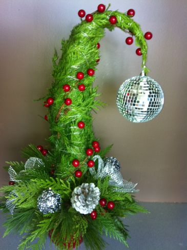 Grinch Tree Christmas In Calgary Ab Midnapore Flower Magic