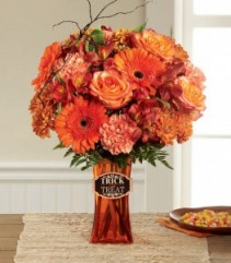 HAUNTING BEAUTY BOO-QUET Fall Arrangement