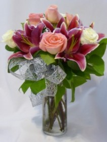 LOVELY LADY- Roses & Pink Lilies Beautiful Roses and Flowers Arrangements