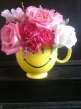 Make Someone Smile Mug Pinks