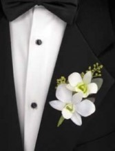 Mens Boutonnierres Fresh/Silk Flowers