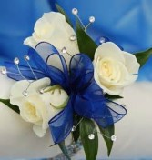 3 white sweetheart roses wrist corsage with  baby's breath (More corsages on prom link)