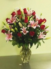 ROSES AND LILIES ARRANGEMENT LOVE AND ROMANCE