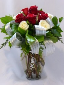 PARAMONT ROSES OF LOVE  Premum Roses & Gifts,  Wine, or Chocolates & or Teddy Bears