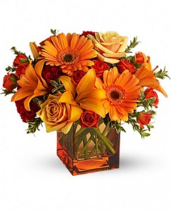 Sunrise Sunset Flower Arrangement in Burbank, CA | LA BELLA FLOWER & GIFT SHOP