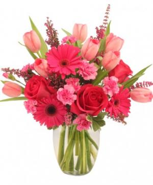 Sweet Pink Mystique Arrangement in Fenton, MI | FENTON FLOWERS & GIFTS