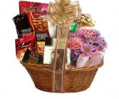 Chocolate Espresso Caf Gift Basket in Delta, BC | DELTA FLOWERS & GIFTS