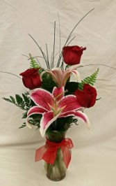 Three Roses With Stargazer Lily