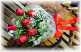Wrapped bouquet of 6 Red Roses * Pick Up Only *