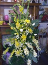 Yellow  and Wht  Standing Spray Arrangement on standing easel