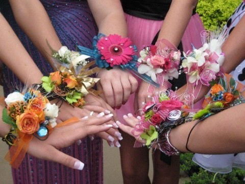Prom Flowers On For Reno Sparks High Schools Elegant Corsages And Boutonnieres Please Share With Family Friends Each Arrangement Is Unique