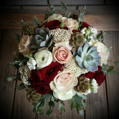 Wedding Flowers From CARY'S DESIGNS WEDDINGS & EVENTS